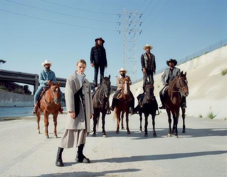 Zara Coats 01