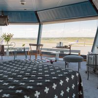 Ya es posible alojarse en una torre de control situada junto a una pista de aterrizaje