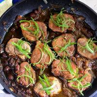 Solomillo guisado con salsa teriyaki y vino Pedro Ximénez, receta fácil y rápida