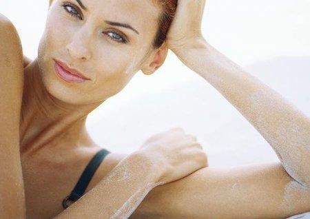 Cuida tu piel y tu cabello de los estragos del sol