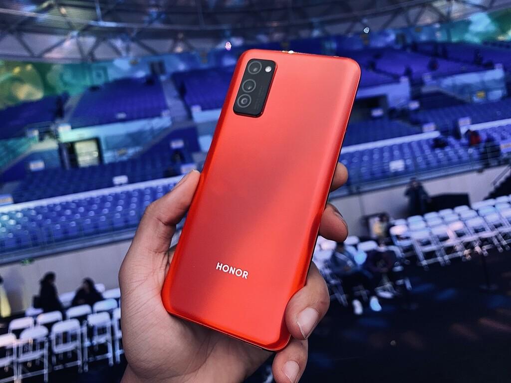 La venta de Honor es oficial: Huawei se desprende de su submarca de móviles tras estar