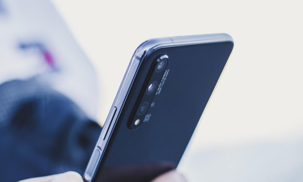 Huawei Nova 5T, análisis: la gama media alta de Huawei™ tiene 4 cámaras y es ambiciosa