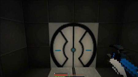 Recrean Portal 2 en Minecraft