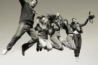 Un empleo juvenil precario y temporal no es para dar saltos de alegría