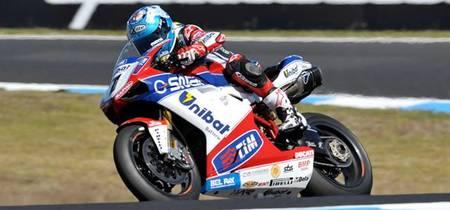 Superbikes Australia 2012: victoria para Carlos Checa y remontadón de Max Biaggi