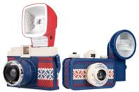 Lomography tiene dos nuevas cámaras para el fotógrafo hipster que hay en ti