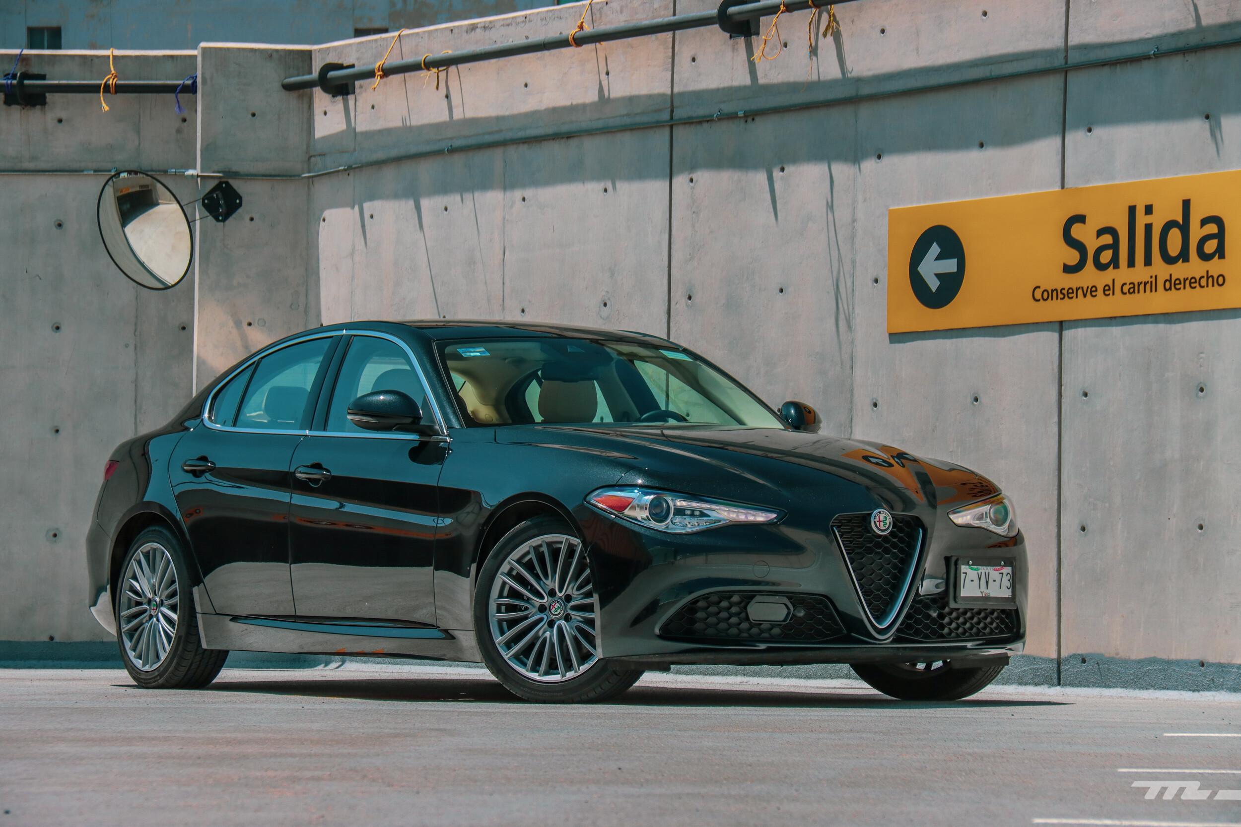 Foto de Alfa Romeo Giulia Lusso 2021 (57/83)