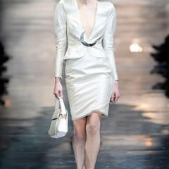 Foto 4 de 16 de la galería armani-prive-alta-costura-primavera-verano-2010-vestidos-de-noche-inspirados-en-la-luna en Trendencias