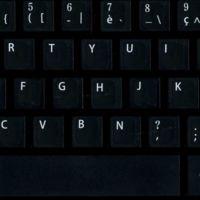 Francia se rebela contra los teclados AZERTY: hacen que escribir en francés sea una pesadilla