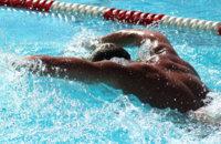 ¿Es malo nadar después de comer?