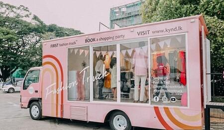 Así son los Fashion Truck, una posible solución para ir de compras con la pandemia