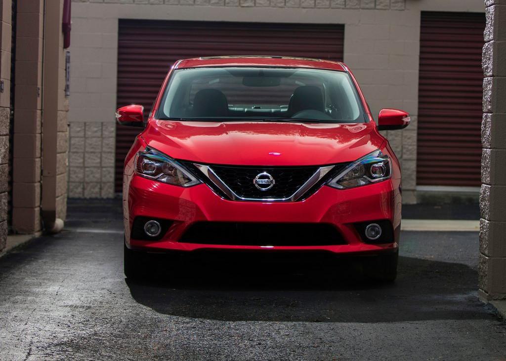 Foto de Nissan Sentra SR Turbo (7/11)