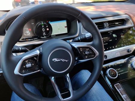 Jaguar Ipace 6