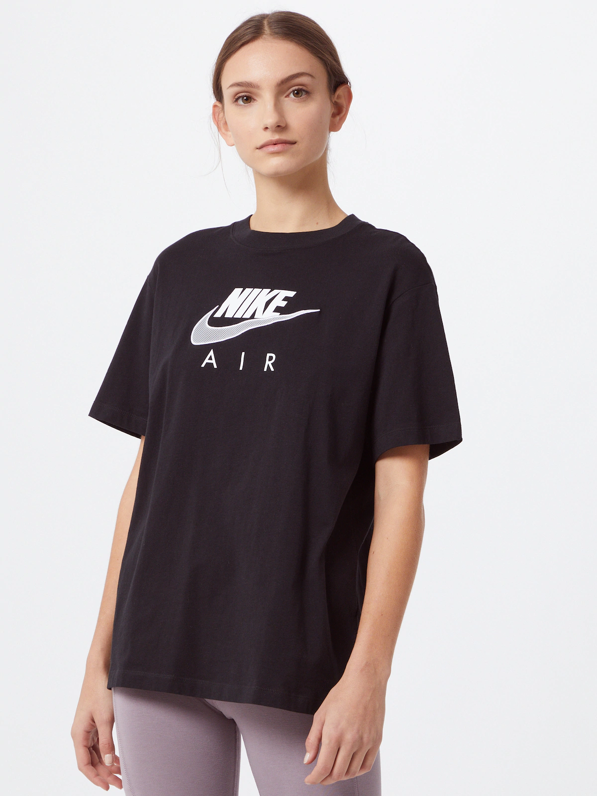 Nike Sportswear Camiseta en negro / blanco