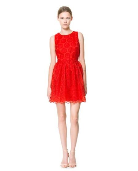 vestido rojo fantasía de zara