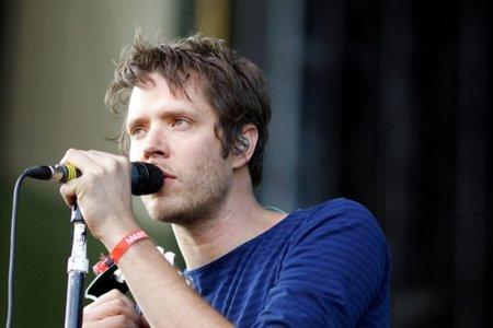 """Damian Kulash, la voz de OK Go, defiende la Neutralidad de la Red y """"sentencia"""" a la industria de la música"""