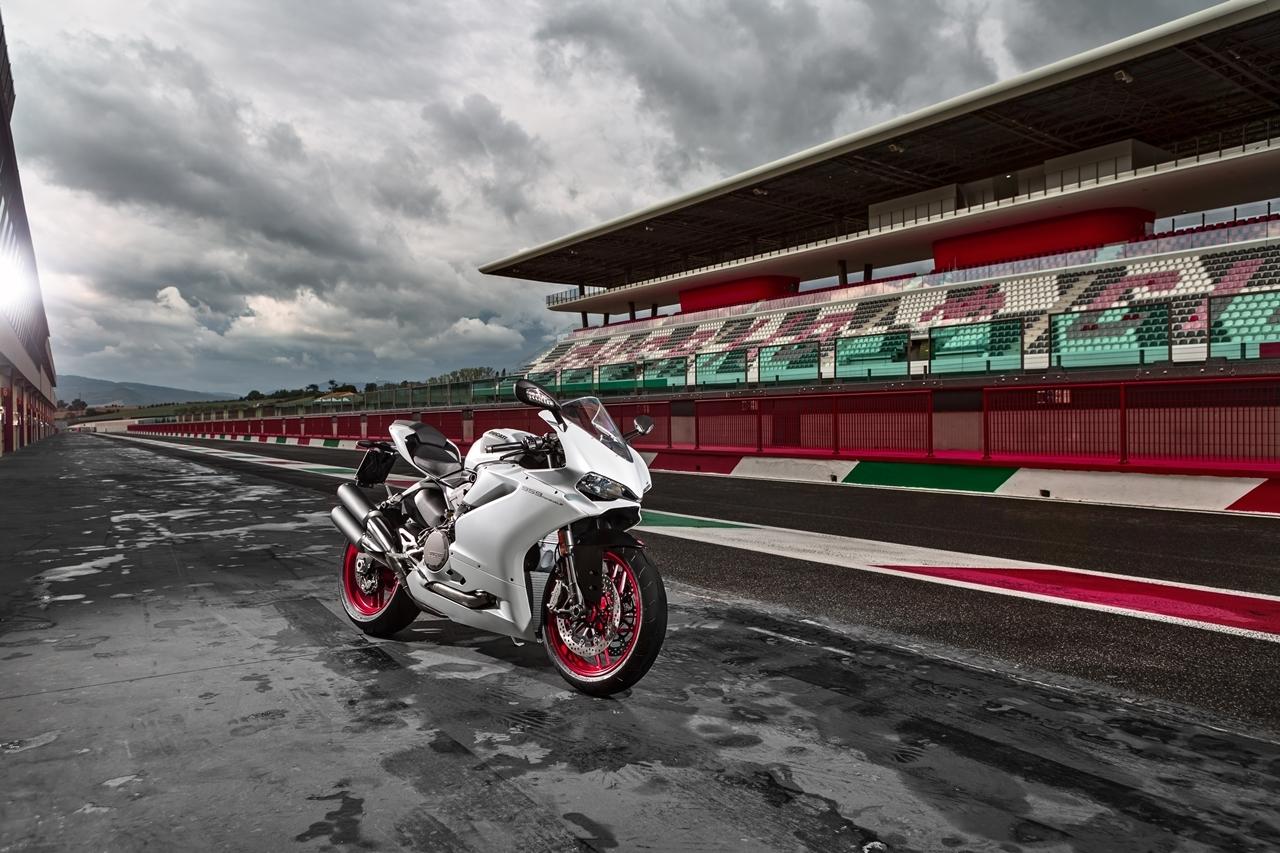 Foto de Ducati 959 Panigale (11/27)