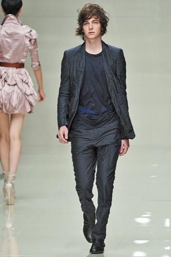 Burberry Prorsum mostró más de su Primavera-Verano 2010 en la Semana de la Moda de Londres IV