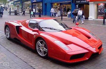 Oferta del <del>mes</del> milenio, Ferrari Enzo diésel por 6.000 euros