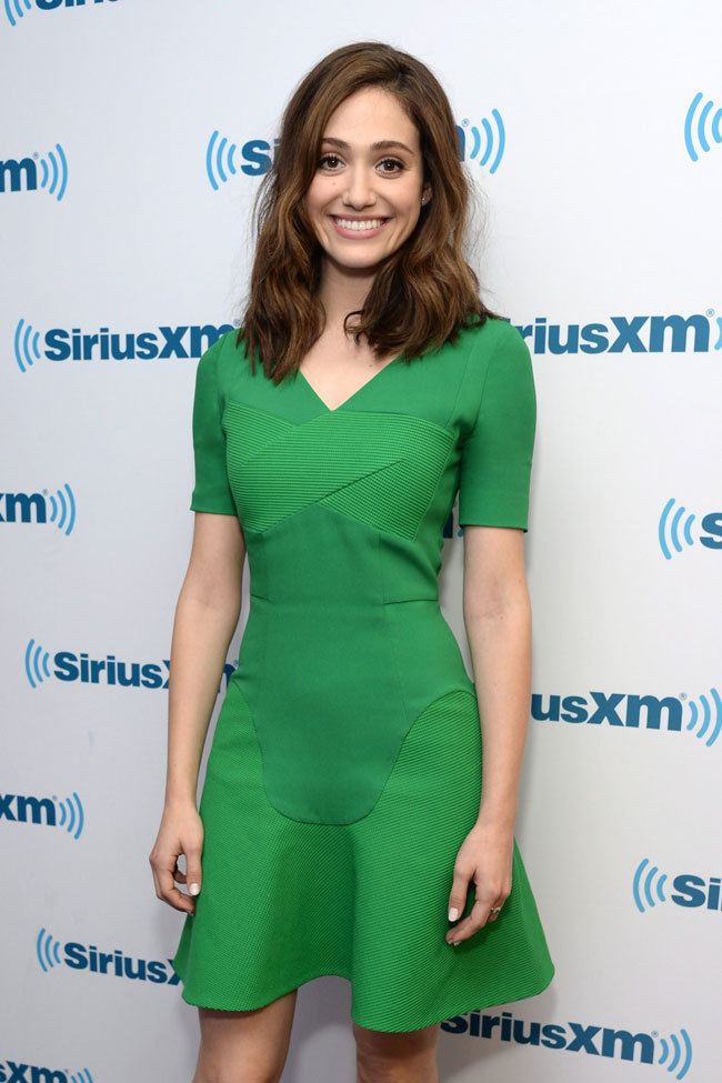 Emmy Rossum Look Verde