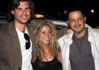 Alejandro Sanz, Shakira y su novio... ¿sólo amigos?