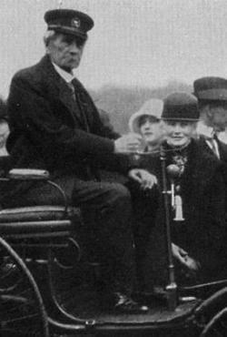 120 años del primer viaje de larga distancia en coche