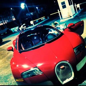 Justin Bieber con juguete nuevo: ahora se merece un Bugatti Veyron Grand Sport
