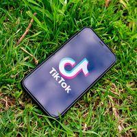 Donald Trump extiende a 90 días la fecha límite para que TikTok venda su negocio en Estados Unidos o desaparezca