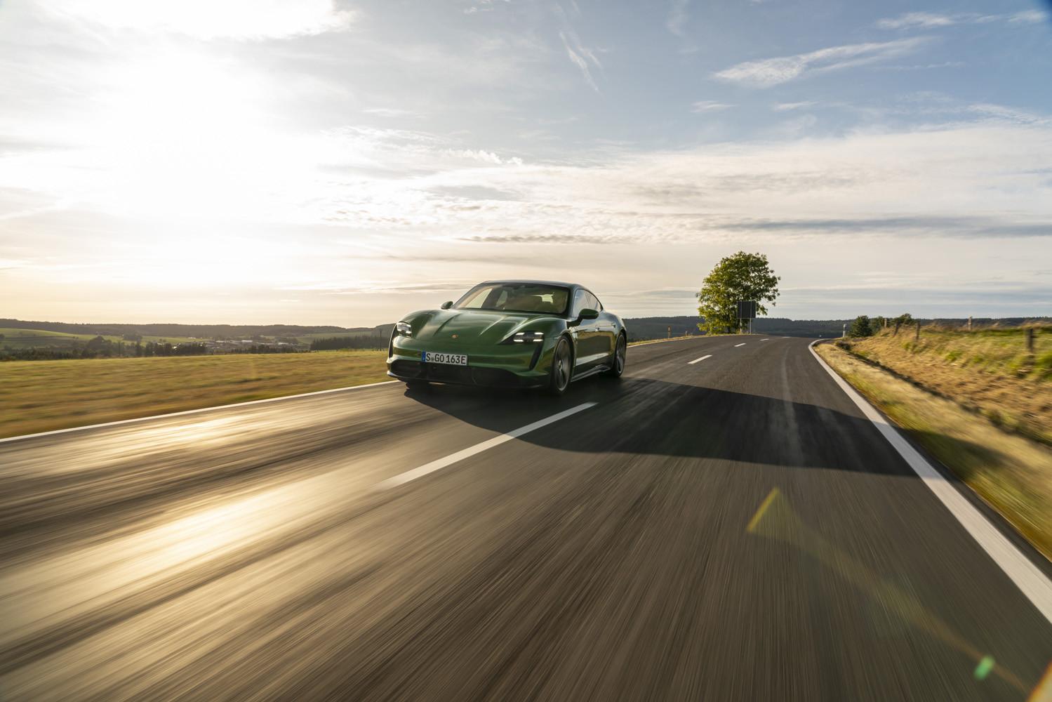 Foto de Porsche Taycan prueba contacto (241/275)