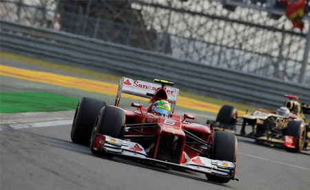 "Helmut Marko: ""no entiendo la estrategia de Ferrari en Corea"""