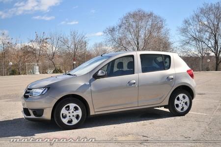 Dacia Sandero lateral