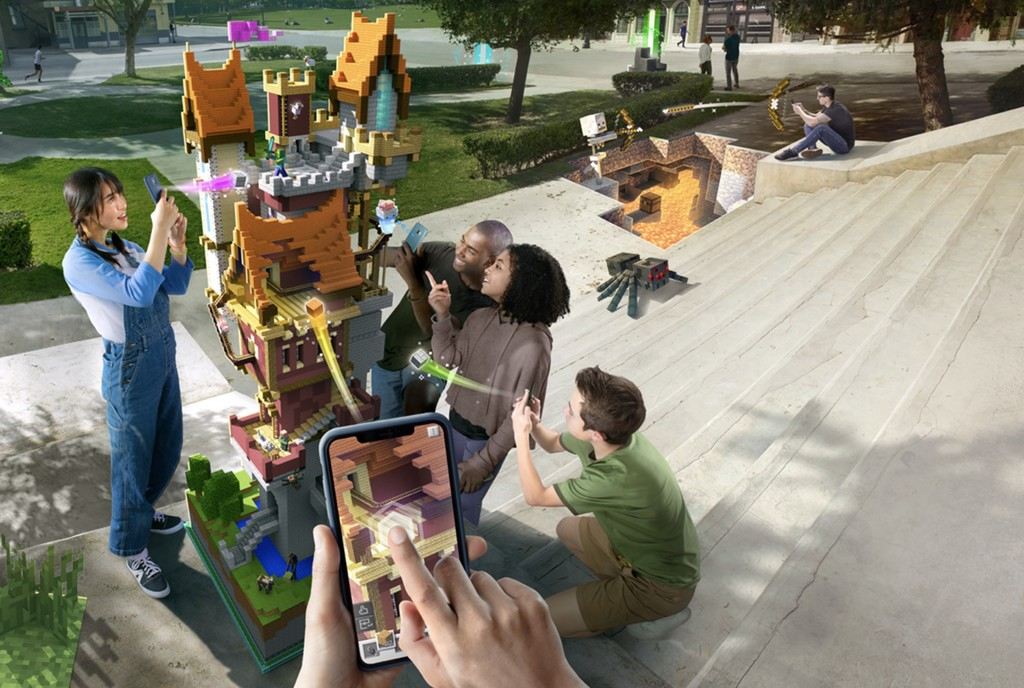 Minecraft Earth, un reciente videojuego que aprovecha la realidad aumentada del iPhone para traer Minecraft™ al planeta cierta