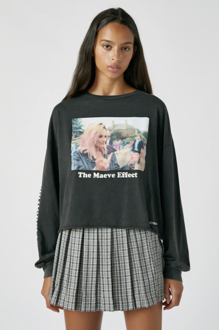 Camiseta Sex Education X Pull Bear Maeve