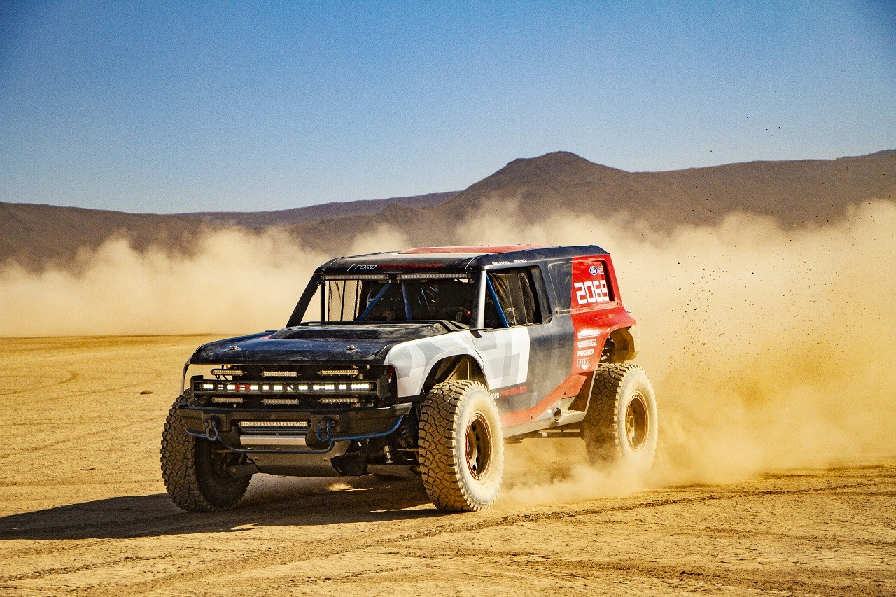 Foto de Ford Bronco R (9/13)