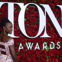 Lupita Nyong'o reaparece (con fuerza) en los premios Tony Awards 2016