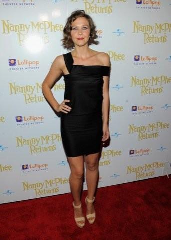 Maggie Gyllenhaal, el verdadero estilo ladylike en la premiere de Nanny McPhee Returns