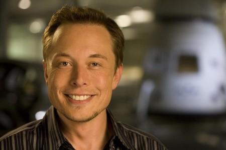 El CEO de Tesla, Elon Musk, perdona la vida al Chevrolet Bolt, no tanto al coche a hidrógeno