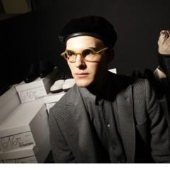 Foto 1 de 5 de la galería en-el-backstage-de-giorgio-armani-otono-invierno-20102011 en Trendencias Hombre