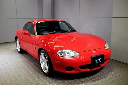 Existió un Mazda MX-5 Coupé y está a la venta: tan exótico como costoso