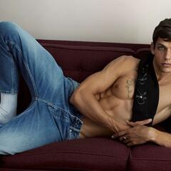 Foto 1 de 21 de la galería calvin-klein-jeans-otono-invierno-2020 en Trendencias Hombre