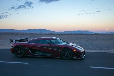 El Koenigsegg Agera RS sería el coche más rápido del mundo con un récord de velocidad de 447 km/h
