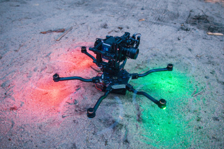 El nuevo dron ALTA de Freefly deja a los cineastas colocar la cámara encima