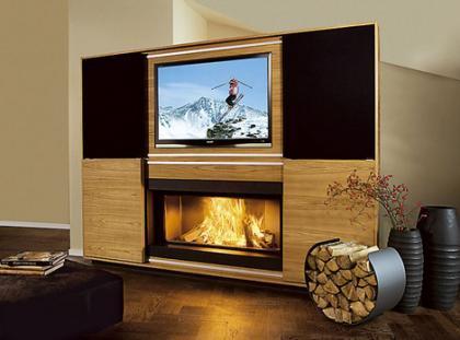 Chimenea con televisor LCD incorporado