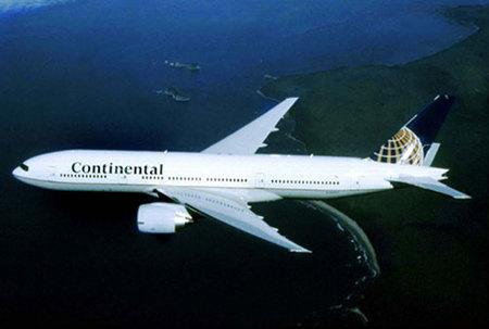 Un piloto muere en pleno vuelo comercial