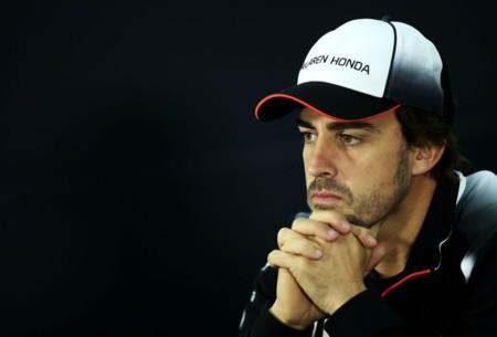 Después del terrible accidente, Alonso no tiene las condiciones de salud para correr el GP de Bahrein