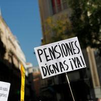 Un 8% de tu sueldo, a ahorro: el experimento de Reino Unido para salvar su sistema de pensiones