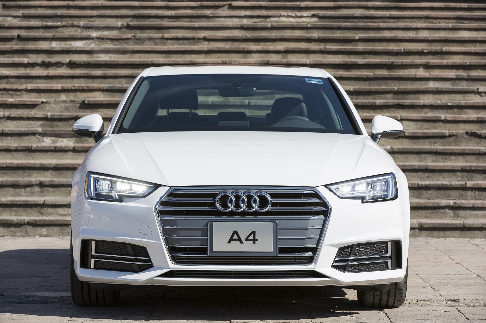 Audi A4 2017 8 19