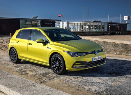 Volkswagen Golf 2020 1600 06