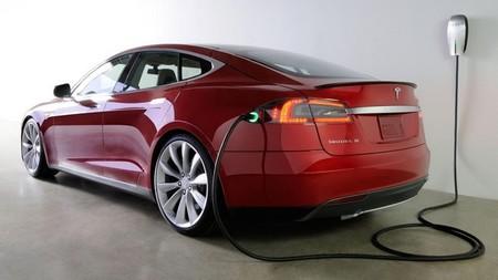 Tesla supera los 25.000 Tesla Model S vendidos antes de comenzar 2014