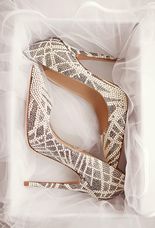 Foto de ¡Ver la colección de zapatos de novia de Jimmy Choo y querer casarme mañana! (1/12)